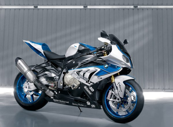 "BMW HP4: o primeiro motor ""high Performance"" de 4 cilindros para motos BMW"