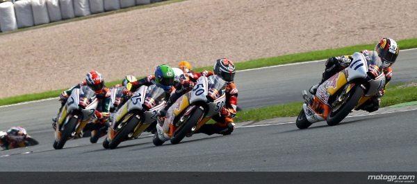 Assume os comandos da melhor moto no melhor campeonato do mundo para jovens pilotos.
