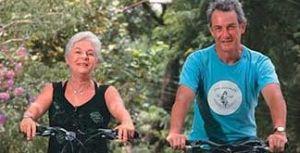 Arturo Alcorta, o senhor dos pedais; ele ensina alunos de 5 a 70 anos a domar a bicicleta sem medo
