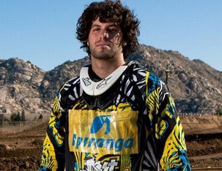 Fred Kyrillos é o líder no Brasileiro de Freestyle Motocross