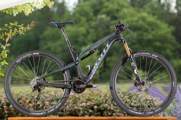 "Bicicleta aro 27,5"", modelo Scott Genius 700"