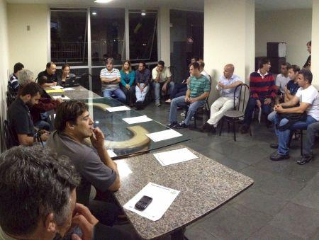 Em assembléia, a FFM reintegra moto clubes tradicionais do Estado do Rio