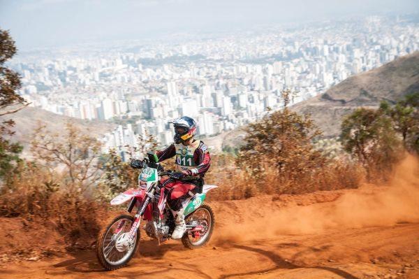 Felipe Zanol começa a se preparar para o Dakar 2013