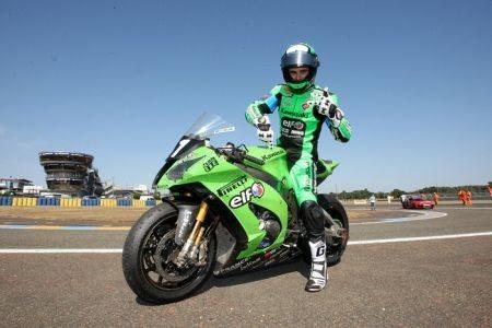 """Julien da Costa e sua """"verdinha"""", fazendo bonito no Le Mans Moto"""