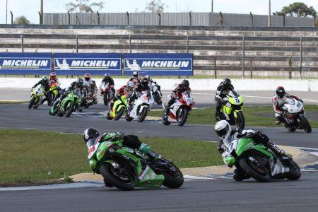 Chefes de equipe destacam mídia e baixo custo do Moto 1000 GP