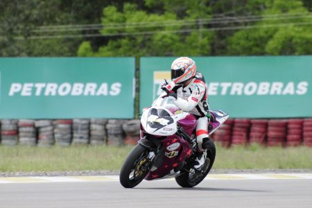 Diego Pierluigi é pole position em Santa Cruz do Sul