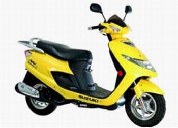 """Suzuki Burgman 125 - Monocilíndrico, carburador, rodas 10"""" (D e T)"""