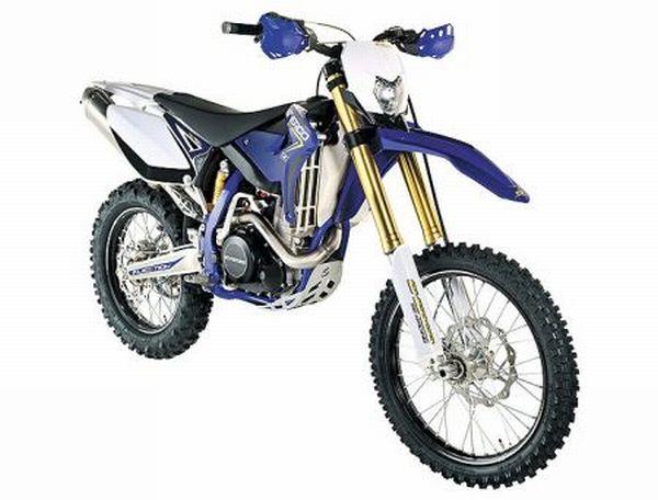 Motocicleta Sherco de 450cc, especialmente desenvolvida para o enduro