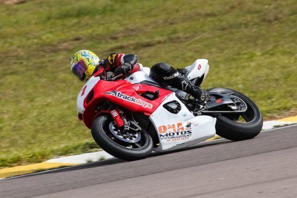 Paulo Higino Moreira, líder da Superbike Light no GP Gaúcho de Motovelocidade