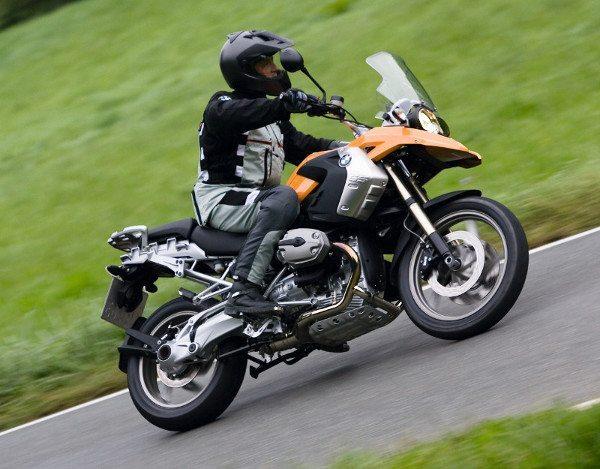 O que será que a BMW reserva para a nova R 1200 GS?
