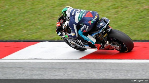Pol Espargaró, da Tuenti Movil HP 40, foi quem levou a melhor na qualificação da Moto2™ com vista ao Grande Prémio de Motociclismo da Malásia, em Sepang, ao conquistar a pole à frente de Scott Redding e Marc Márquez.