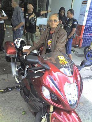 Tio Bel, ainda motociclista aos 95 anos