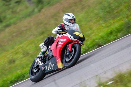 O pole position da categoria Superbike será Robson Portaluppi