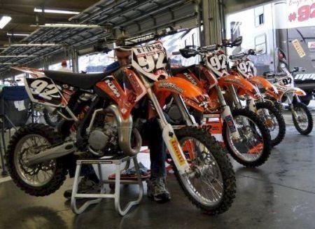 Ainda é incerto se as motos chegarão à tempo para a prova