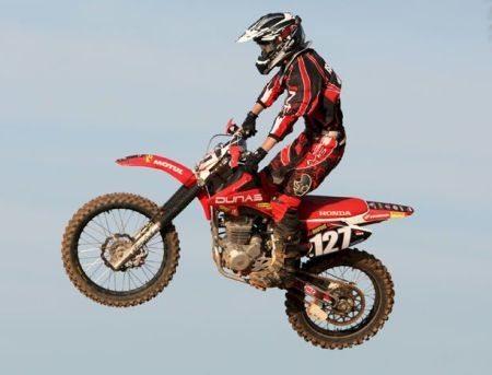 Rojas vence no Paranaense de Motocross
