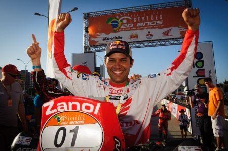 Pelos seus ótimos resultados, Felipe Zanol está se tornando ídolo dos aficcionados ao off-road