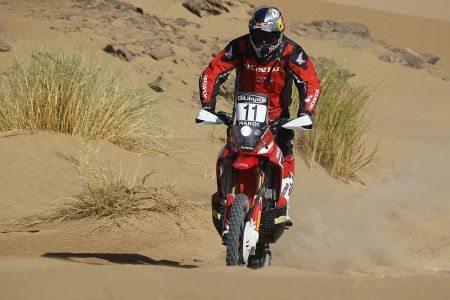 Zanol, ainda se adaptando ao difícil terreno do Rally do Marrocos