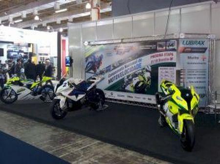 """O Moto 1000 GP apresenta o projeto """"Fábrica de Campeões"""" no Congresso SAE Brasil 2012"""