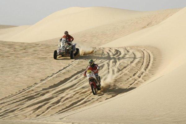 O Rally dos Faraós e realizado em meio às areias do Deserto do Saara