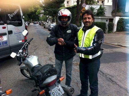 """Projeto """"Você Merece"""" premia motociclistas de conduta exemplar"""