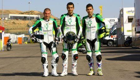 Matthieu Lussiana (#93), Pedrosa (#42) e Philippe Thiriet (#36), pilotos do Team Brazil