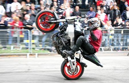 Salão da Motocicleta vai ter etapa final do Brasileiro de Weeling