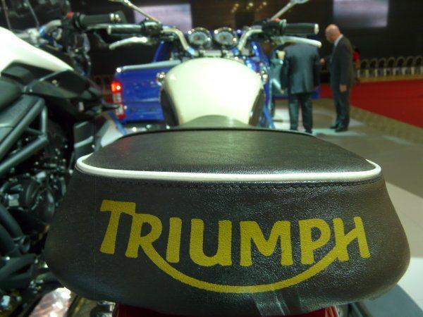 Triumph Boneville T-100