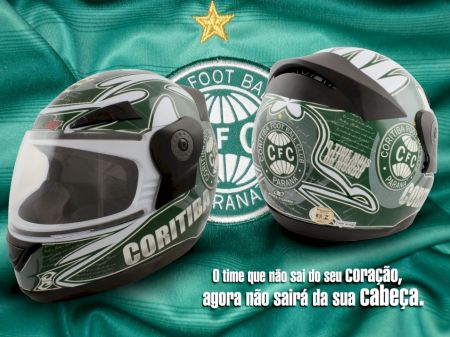 Série de capacetes homenageando grandes times do futebol brasileiro
