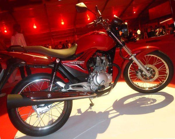 Fan 150 na convenção dos revendedores Honda em Salvador