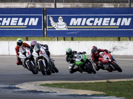 As três categorias do Moto 1000 GP conhecerão seus campeões no GP Petrobras em Curitiba