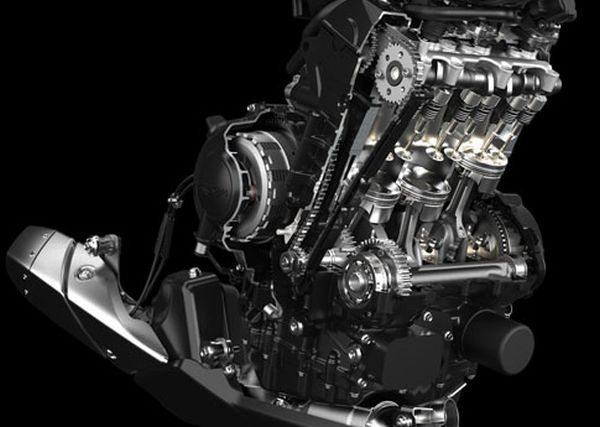 O motor é o mesmo tricilíndrico, mas ganhou 3CV