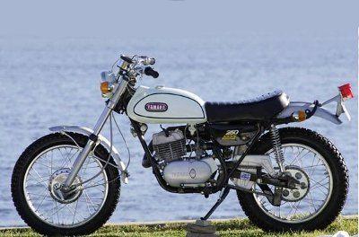 Yamaha DT 250 DT1 a primeira moto realmente on-off road