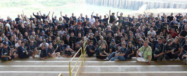 Uma parte do grupo na visita à Itaipu: velhos conhecidos e novas amizades