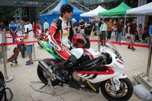 Afinidade com o piloto português que morreu nos treinos em Macau abalou o piloto brasileiro