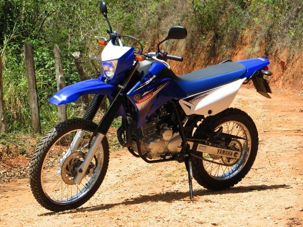 xtz 250 Lander - visual com estilo dedicado ao off-road
