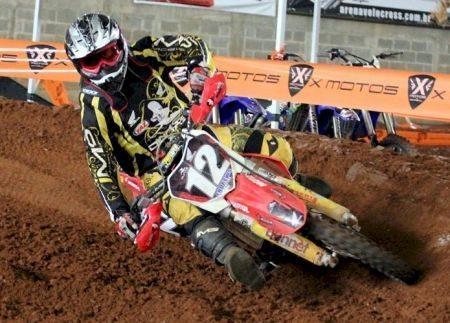 Endrews Armstrong faturou o 1º lugar na prova da VX1 na final do Brasileiro de Arena Velocross