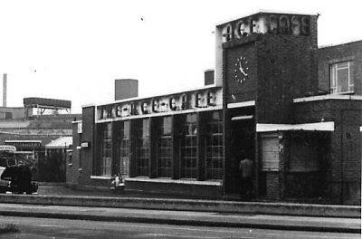 Ace Cafe em 1969 um pouco antes de fechar durante a crise da indústria britânica de motos