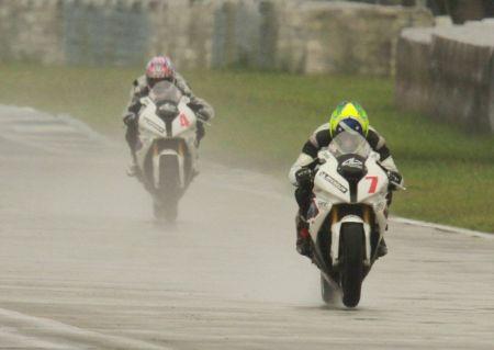 Alexandre Barros e Luciano Ribodino foram os mais rápidos na GP 1000