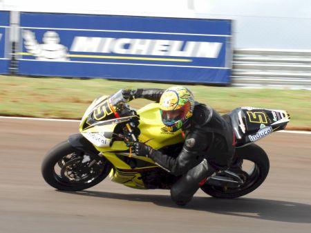 Líder desde a primeira corrida, Rafael Bertagnolli busca o título na temporada de estreia