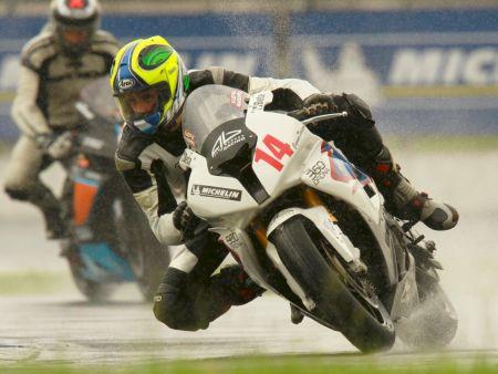 Lucas Barros esteve no pódio de todas as etapas e conquistou o título da GP Light