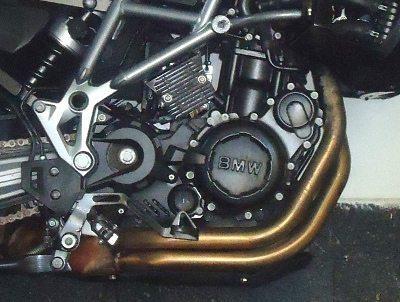 Motor potente com sistema de administração digital, consegue controlar a combustão mesmo em alta compressão