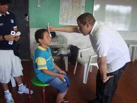 Equipe de oftalmologistas fará trabalho social no Piocerá 2013