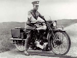 Ele chegou a andar 100 Km por dia com essa moto