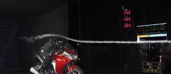Túnel de vento: para melhorar a eficiência aerodinâmica das motos