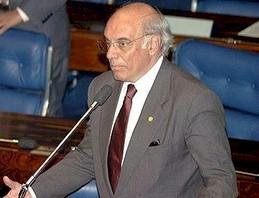 Ex-senador da República Arthur da Távola