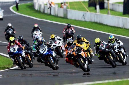 A R1 GP1000 anunciou que continua na temporada 2013