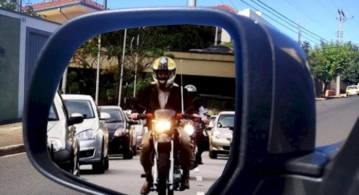 """Há quatro décadas que as motos começaram a """"incomodar"""" os motoristas"""
