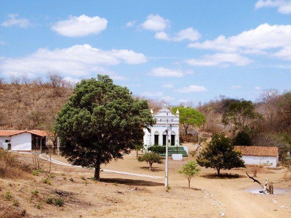 Caldeirão visto da entrada do lugar na colina onde ficava a casa do Beato