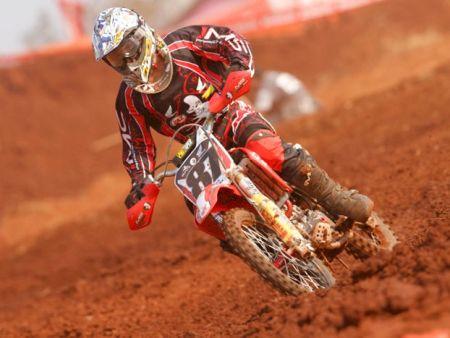 Fábio dos Santos alinha em três categorias na final da Copa Verão IMS de Motocross
