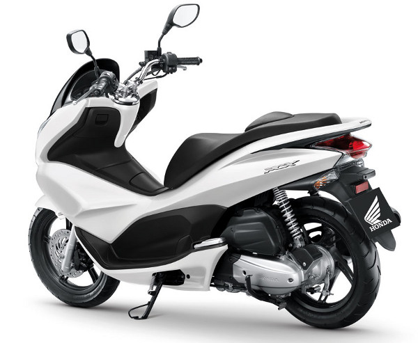 lan amento scooter honda pcx 150 motonline. Black Bedroom Furniture Sets. Home Design Ideas